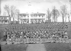Первая государственная школа-интернат для коренных народов США