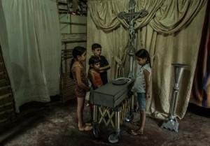 Венесуэльские дети голодают.